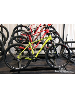 Alloy Specialized Stumpjumper frames are unchanged for 2014