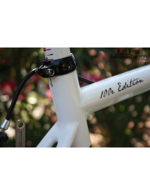 The seat tube extends past the seatstay cluster slightly. This frame – one of just two that Europcar have at the moment – carried decals celebrating the 100th Tour de France