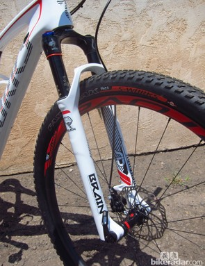 The matching Brain-equipped RockShox forks provide a pleasantly balanced feel front-to-rear