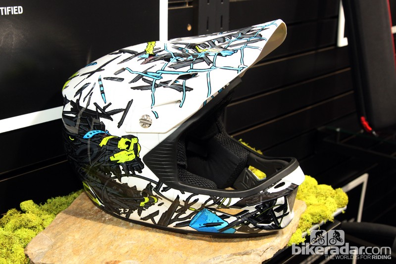 The new Specialized Dissident Comp full-face helmet offers the same features as the top-end Dissident but substitutes a fiberglass shell instead of a carbon fiber one