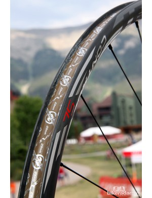 Specialized says the internal width on the new Roval Control SL 29 carbon mountain bike rims is 22mm