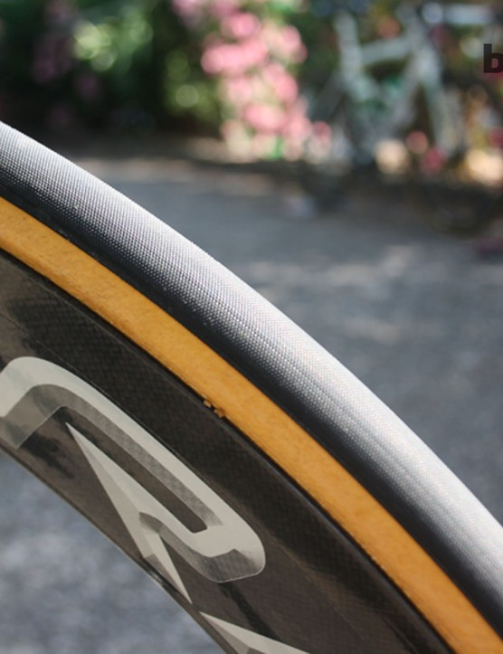 The classic white-walled tyre has a high TPI count and can be pumped to track bike pressures