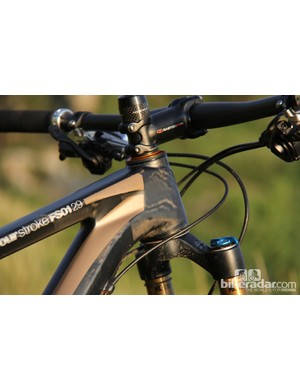 The FS01 29 has a shorter-than-average head tube, making it easy to get the handlebar below the stem for an aggressive race position