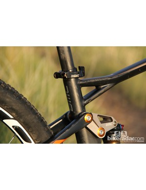 The FS01 29, like most of BMC's road and mountain bikes, has the signature Crosslock top tube