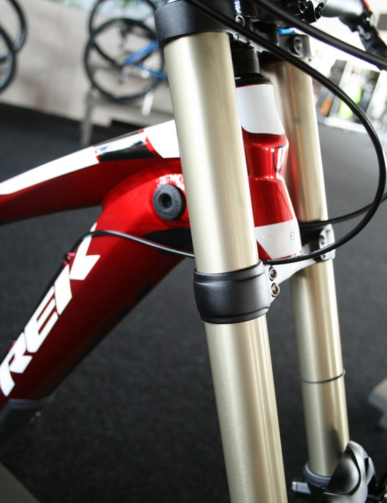 To protect the Session 88's frame and fork, Trek have integrated a bump-stop to the frame. It should help keep that liquid red paint looking good