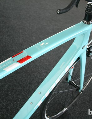 For £2,600 (US pricing TBA) you can benefit from Trek's aerodynamic designs, which have now been integrated into the Madone 4 Series bikes. The 4.9 also falls under customisation program Project One, meaning you're able to add a huge degree of personalisation to the look and componentry of your bike