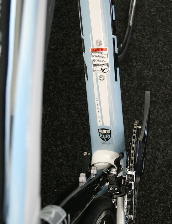 Trek offer the Domane in women's-specific models. The £1,800 4.3 WSD is one such bike (US pricing TBA), benefiting from an IsoSpeed decoupler and Project One cusomisation. The carbon frame holds a largely Shimano 105 groupset, along with a women's-specific saddle and compact bar