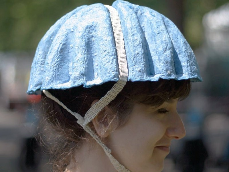 The Paper Pulp Helmet is a project to recycle discarded copies of the Metro and Evening Standard papers into helmets