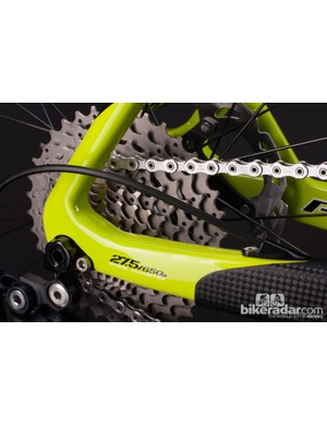 Unlike the 29in LES, the LES 27.5 has a dedicated 142x12mm thru axle