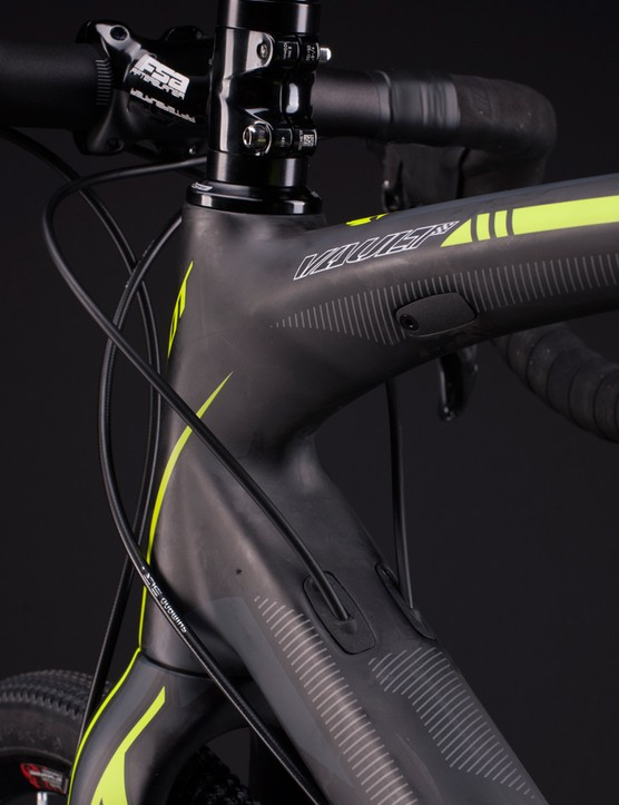 The cover for the Vault's internal cable routing can be swapped for electronic or mechanical shifting