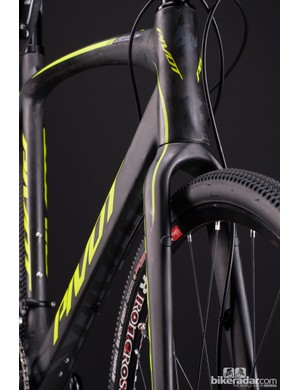 The Vault comes with a 1.125 to 1.5in tapered carbon fork