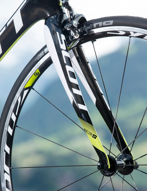 The Scott Solace 10's fork is carefully engineered to provide some comfort-enhancing flex while maintaining steering integrity