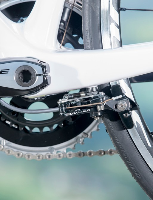 Here's that brake again, slung under a bottom bracket that Scott say is 17 percent stiffer than the one on the CR1 and not far behind that of the new Addict