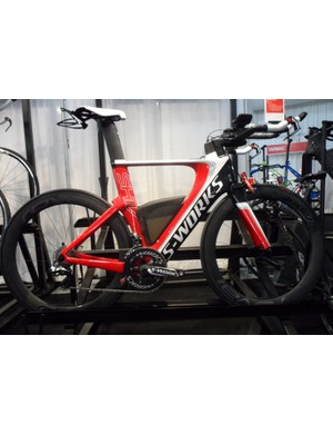 The 2014 Specialized S-Works Shiv is Di2 equipped and comes complete with a full complement of SWAT (Storage, Water, Accessories, Tools) kit, including the Fuelcell compartment, Fuelselage built-in water carrier and a Tripod system that attaches to the rear of the Sitero saddle