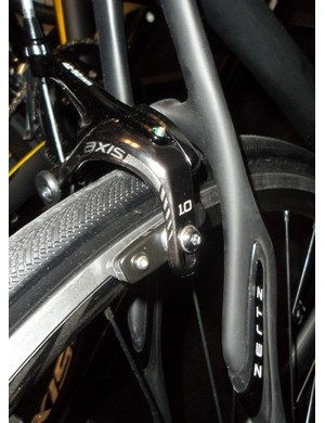 Own-brand Axis 1.0 brakes will help keep the final cost of the SL4 Sora down to an affordable level