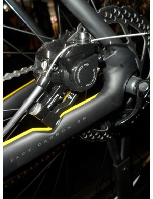 There is a neatly positioned inboard disc mount on the Specialized Roubaix disc design