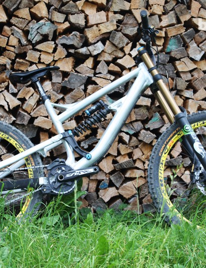 The Unchained replaces the Beef Cake DH as Rose's downhill rig