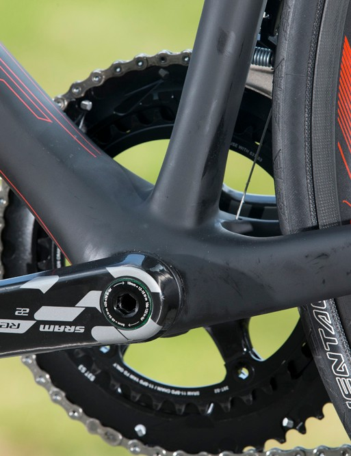 The press-fit bottom bracket has an 86mm-wide shell and extra-large contact areas with the down tube and seat tube, yielding a 6 percent claimed increase in lateral rigidity over the old Addict