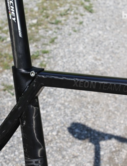 The integrated seat clamp of the Rose Xeon Team CGF