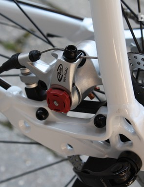 The new Cross Pro RS doesn't feature disc mounts, unlike this Pro DX Cross model