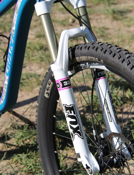 The 2014 Liv/giant Intrigue 1 has a Fox 32 TALAS fork