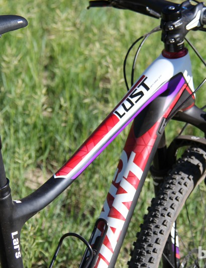 While technically a cross-country race bike, the Liv/giant Lust Advanced's dropper seatpost points towards the versatility of the bike