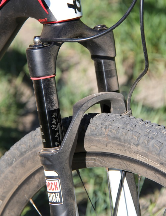 A RockShox SID XX fork with remote lockout suits the race-ready Lust Advanced 0