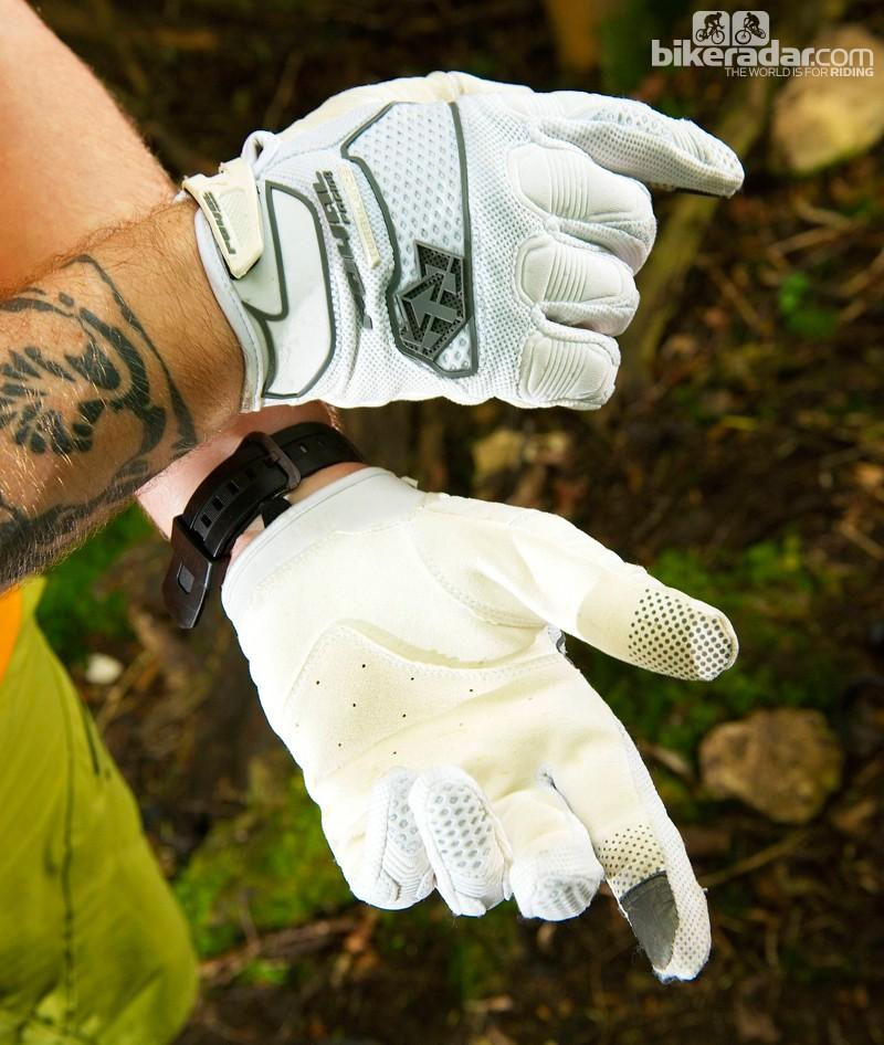 Royal Racing Turbulence gloves