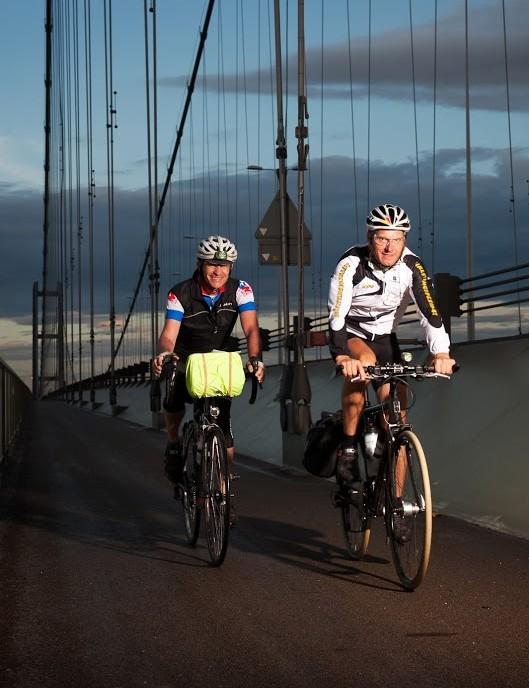 London Edinburgh London riders don't stop often – and definitely not just becasue it's getting dark