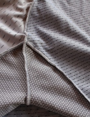 Carbon is woven into the main body material of the Capo SC-12 jersey, while silver is embedded in the breathable material under the arms. The upper left panel is made from the stretchy HydroDrop material used on the tops of the shoulders and arms