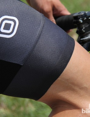 Without seams, doubled fabric, or elastic grippers, the Capo SC-12 bib shorts have a decidedly slim transition