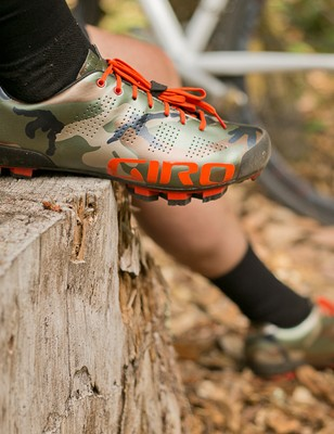 The limited edition Empire MTB shoe has orange safety accents