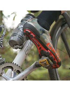 The Empire MTB shoe uses the same EC90 carbon sole as the top-end Code mountain bike shoe