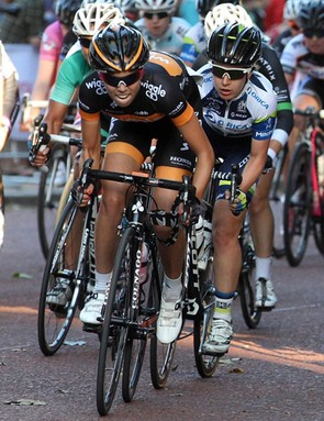 Wiggle Honda's Emily Collins in the women's criterium during day one of the RideLondon Grand Prix