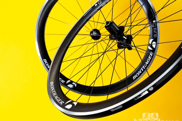 Bontrager Aura 5 wheelset