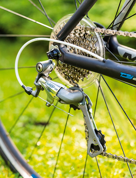 Shimano Tiagra does its usual sterling work on the Marin Verona T3, delivering smooth, reliable shifts mile after mile