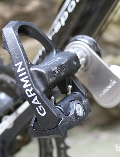 The Exustar-made pedals use Look cleats