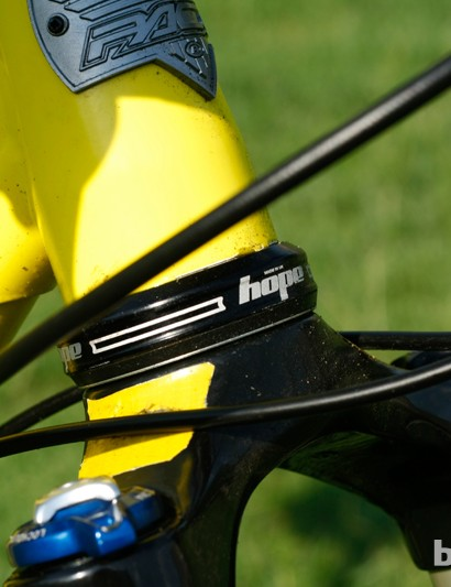 The Pace RC127 head tube can take a tapered fork. This bike is specced with a Hope headset