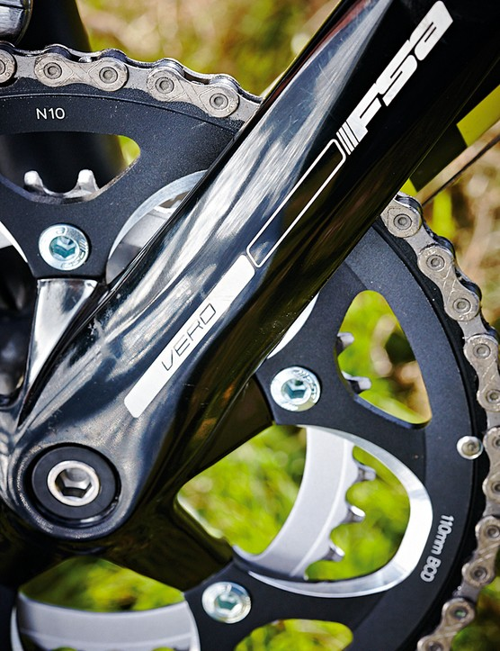 The FSA chainset is a step down from the Tiagra elsewhere on the GT GTR Series 3