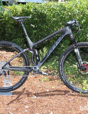 The 2014 Edict Nine FRD has a lightweight carbon frame and top-shelf build kit