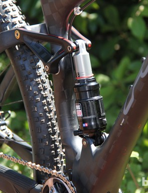 The Edict family of 100mm-travel 29ers uses a simple single-pivot design with a rocker link driving the shock