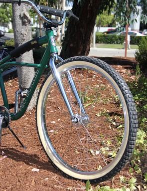 Skin walls and knobby 29in tires on Felt's klunker-inspired cruiser bike