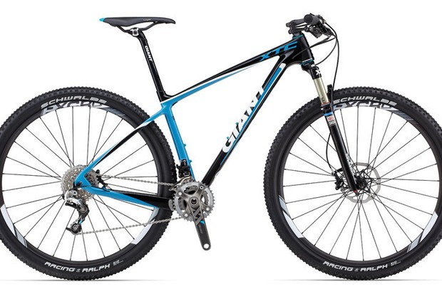 The 2013 Giant XtC Advanced SL 29er 0 is equipped with the recalled Contact SLR carbon seatpost