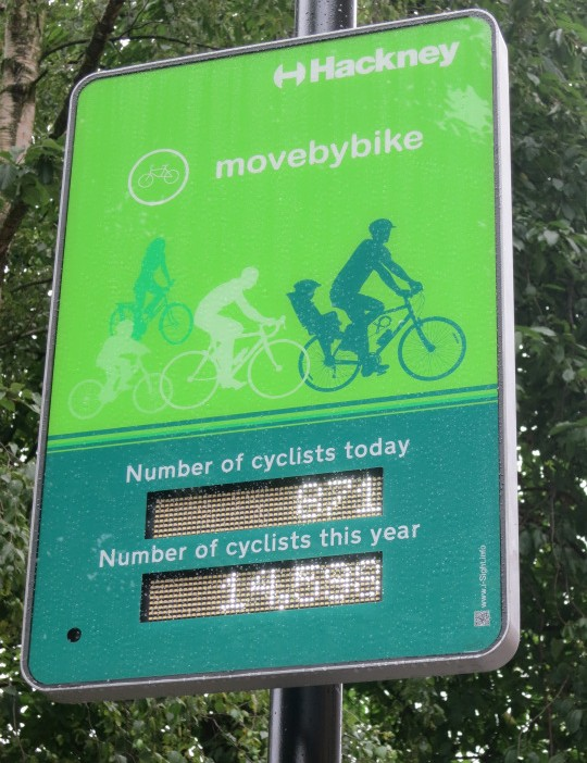 A new counter monitors cycle traffic on a popular route in Hackney