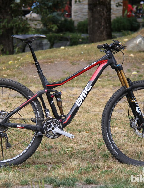 The 2014 BMC Trail Fox 29 combines 29in wheels, 150mm of travel, a low and slack package, and short chainstays. The TF01 29 shown here has a claimed weight of 12.2kg (26.8lb) and will retail for a staggering US$11,999/€8,999 (UK pricing TBA)