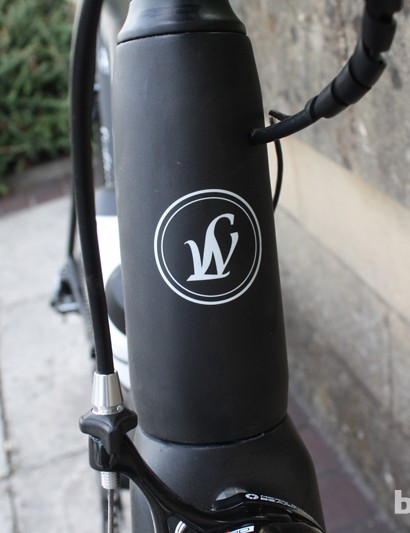 The Lightweight badge is proudly displayed on the head tube of the Lightweight Urgestalt