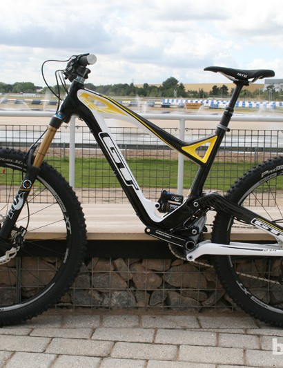 The GT Force X Carbon Pro is slacker than the regular Force due to a longer fork. It also gets a tighter drivetrain and features suspension upgrades