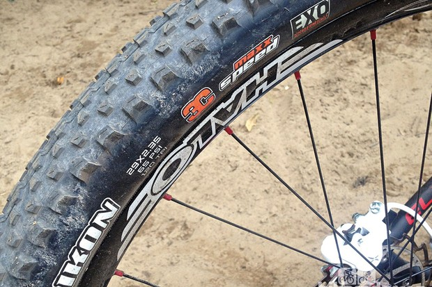 Maxxis Ikon KEV 3C EXC  EXO 29x2.35in tyre