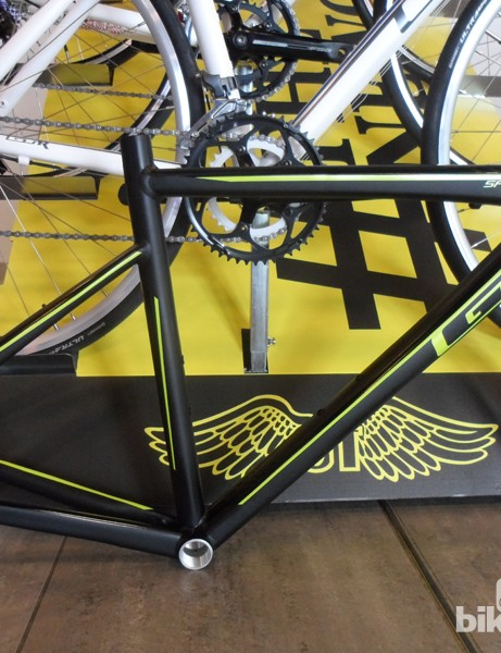 We spotted this new GT Sportive frame hiding away from the main displays at the Cycling Sports Group show