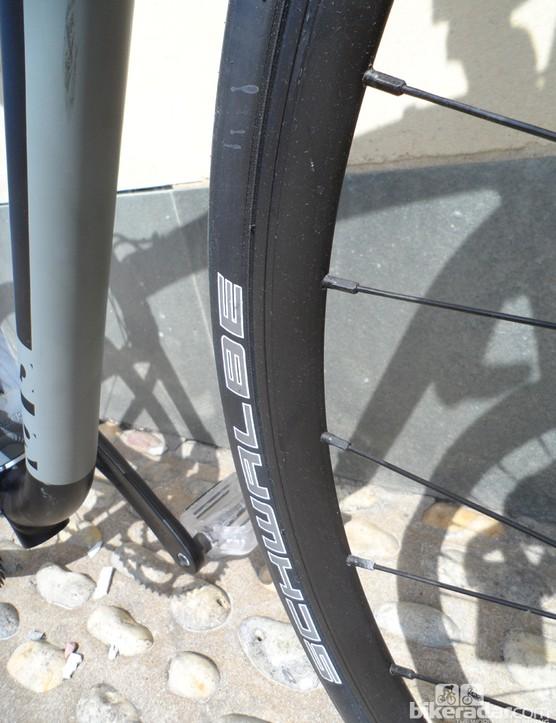 Schwalbe Durano S tyres keep the big-wheeled Kansi folding bike feeling swift on the road